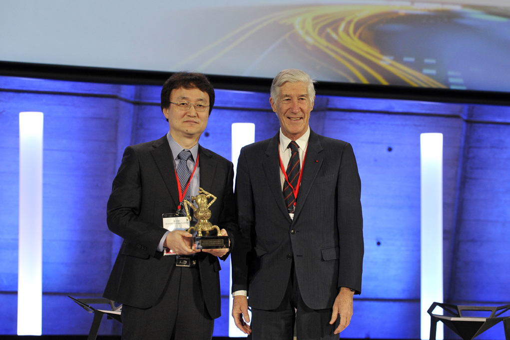 KAIST's Thermoelectric Generator on Glass Fabric Receives the Grand Prize at the Netexplo Forum 2015 이미지4