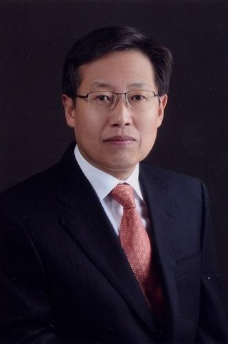 홍순형 교수 사진