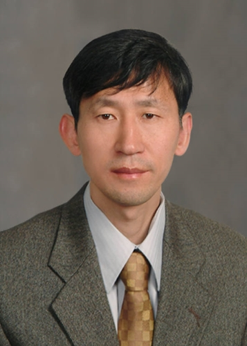 Distinguished Professor Sukbok Chang from the Department of Chemistry