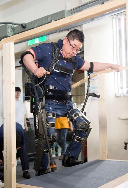 Wearable Robot 'WalkON Suit' Off to Cybathlon 2020 이미지2