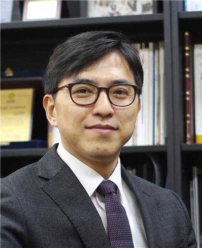김현우 교수