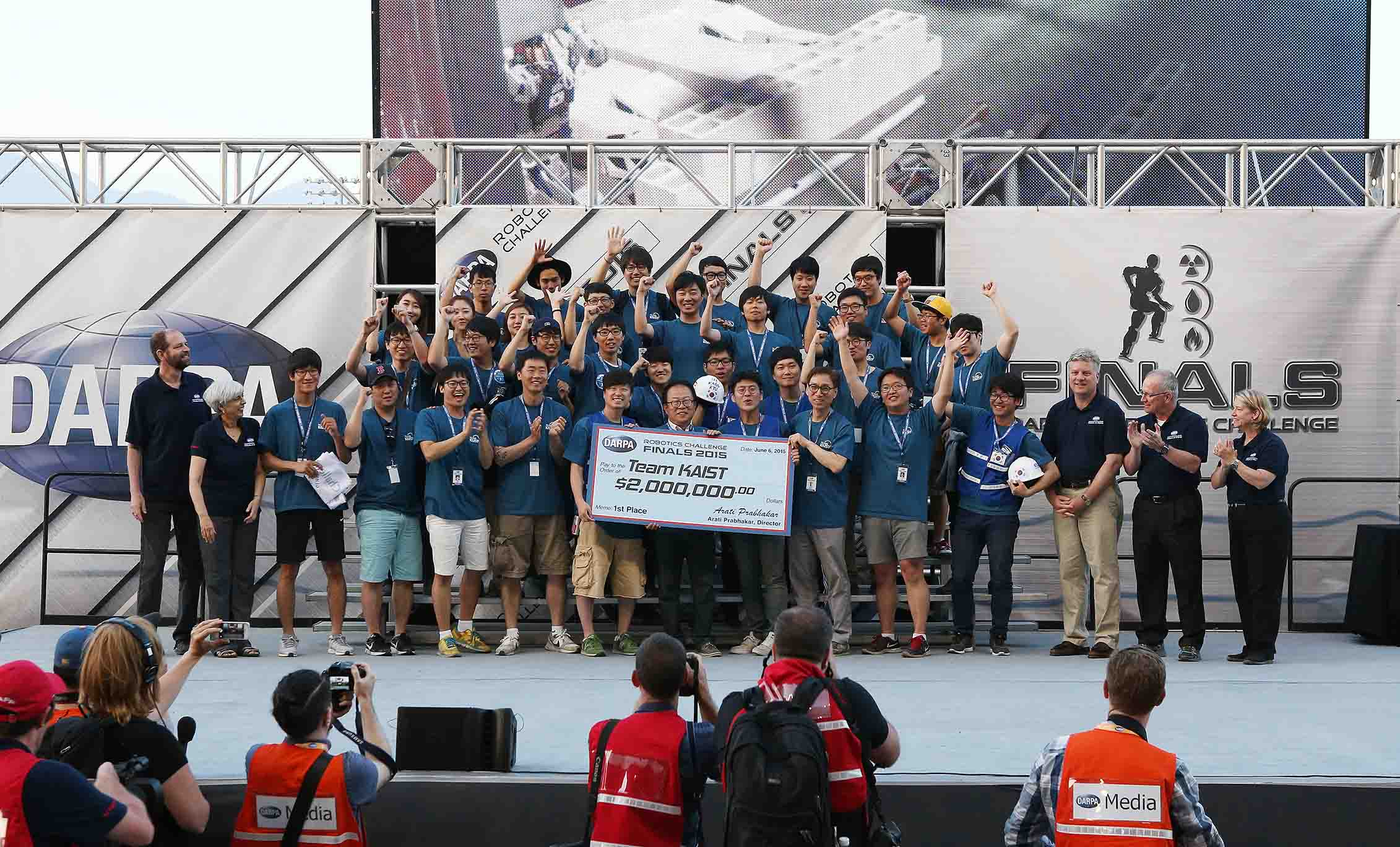 KAIST's DRC-HUBO Wins the DARPA Robotics Challenge 2015 이미지4