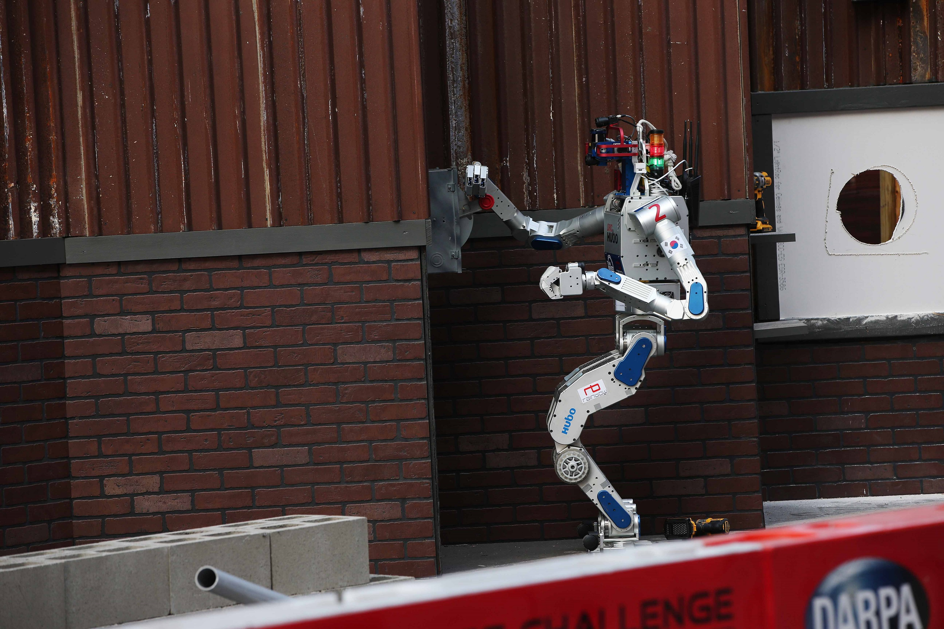 KAIST's DRC-HUBO Wins the DARPA Robotics Challenge 2015 이미지2